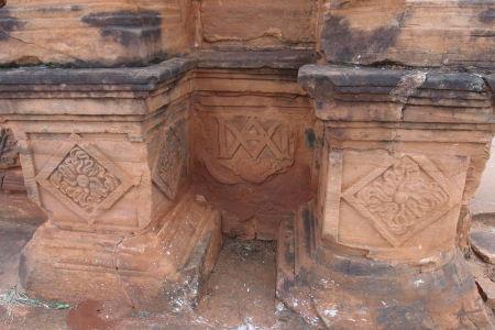 Ruiny kostola - detail reliéfov