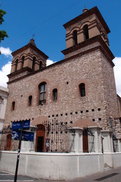 Jezuitský kostol (Iglesia Compañía de Jesús) v Córdobe - súčasť Jezuitského bloku (Manzana Jesuítica) v Córdobe, pamiatka UNESCO