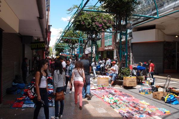 Nákupná ulička San Martín v Córdobe