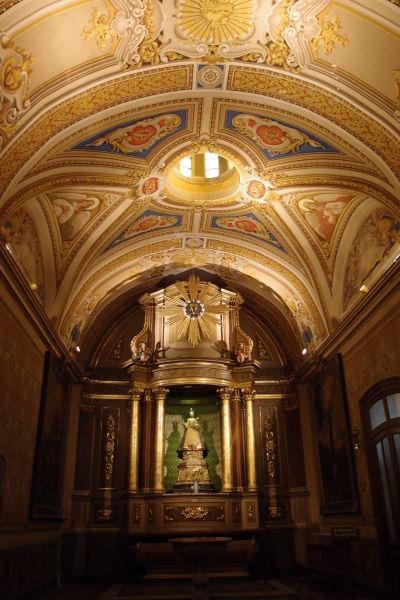 Katedrála Nanebovstúpenia Panny Márie v Córdobe - I v bočných kaplnkách sa nešetrilo na dekoráciach
