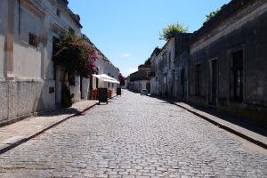Ulice v okolí pobrežia Colonie