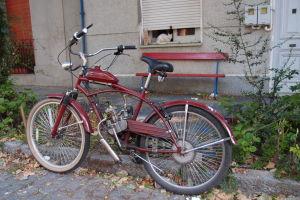 A motorizovaný bicykel tiež nemôže chýbať