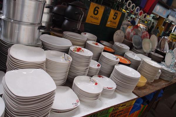 La Vega - najväčšia mestská tržnica v Santiagu de Chile - výber je obrovský, nakúpite tu napr. kuchynské riady