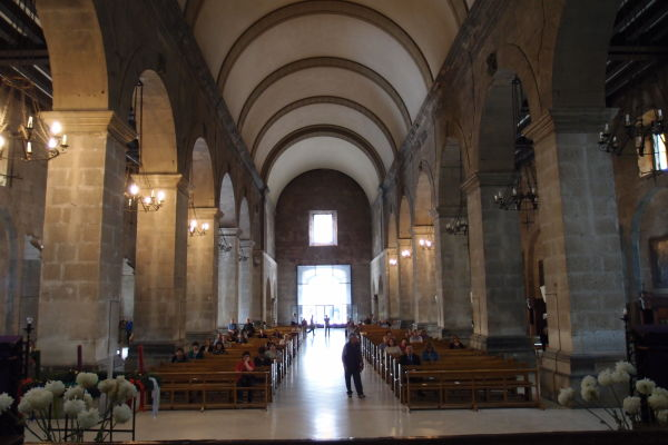 Dominikánsky chrám Santo Domingo v Santiagu de Chile - Hlavná loď