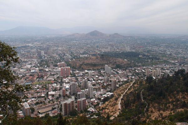 Výhľad z kopca San Cristóbal v Santiagu