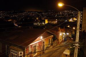 Výhľad na mesto v noci