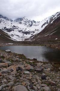 Lagúna pod vrcholkom El Morado