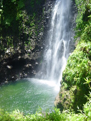 Vodopády Middleham Falls na Dominike. Zdroj: Wikimedia.com