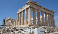 Partenón - Hlavný chrám na Akropoli, zasvätený bohyni Aténe