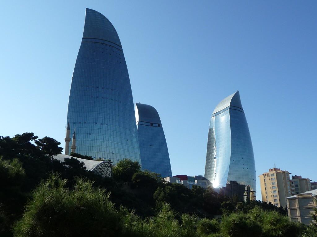 Plamenné veže - Typická moderná dominanta Baku
