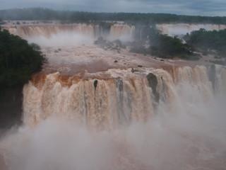 Vodopády Iguazú (pohľad z brazílskej strany)