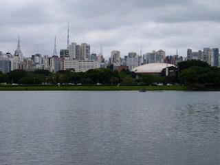 São Paulo z parku Ibirapuera