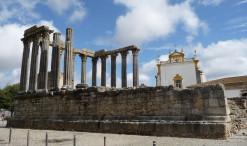 Dianin chrám v Évore