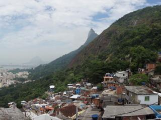 Pohľad na Rio z favely Santa Marta