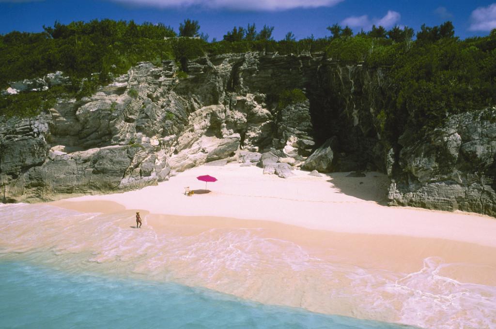 Pláž na Bermudách (Zdroj: Wikipedia)