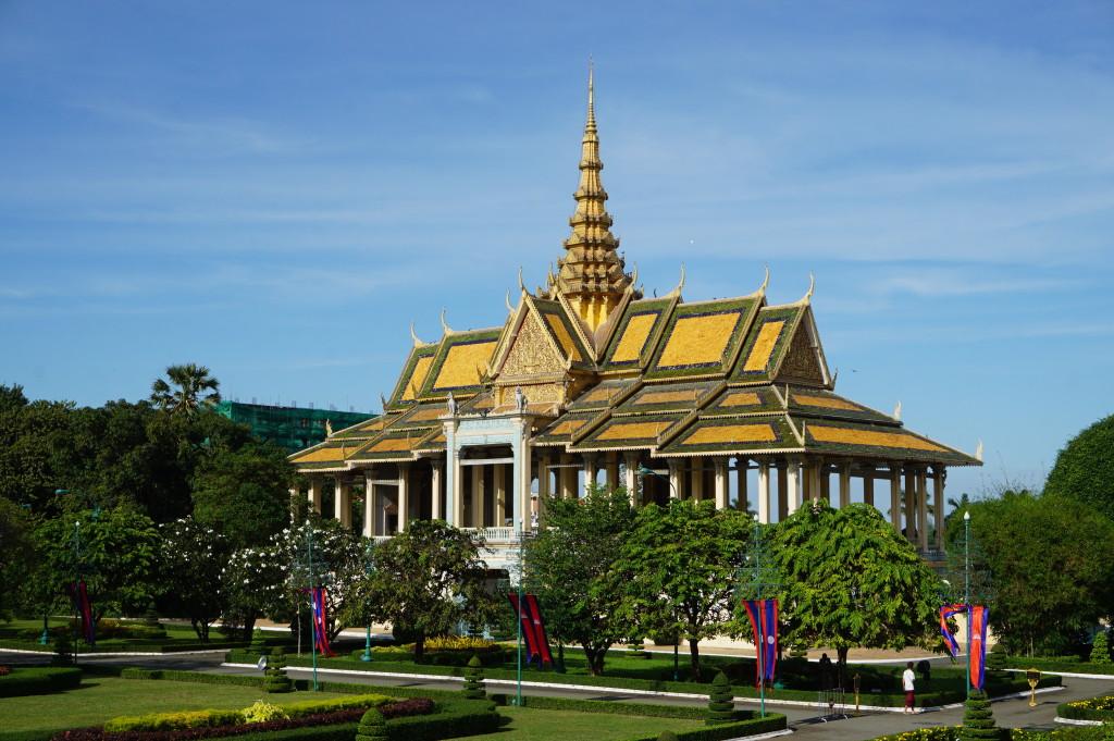 Preah Thineang Chan Chhaya, známy tiež ako Moonlight Pavilion (Pavilón mesačného svitu), v kráľovskom paláci v Phnom Penhu
