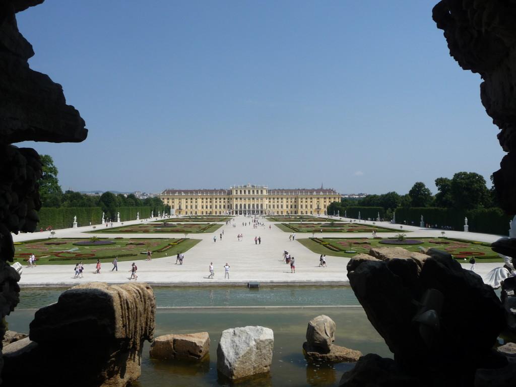 Zámok Schönbrunn vo Viedni