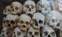 Lebky obetí zavraždených v Choeung Ek