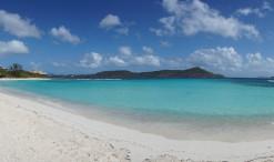 Pláž Lindquist Beach na ostrove Svätý Tomáš (Saint Thomas)