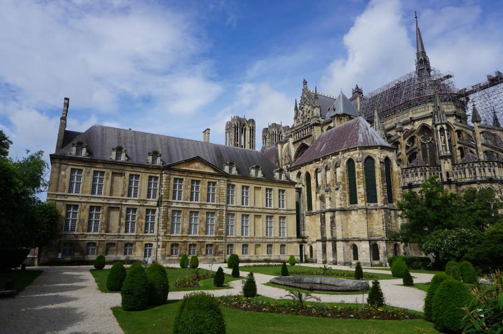 Palác Tau a reimská katedrála