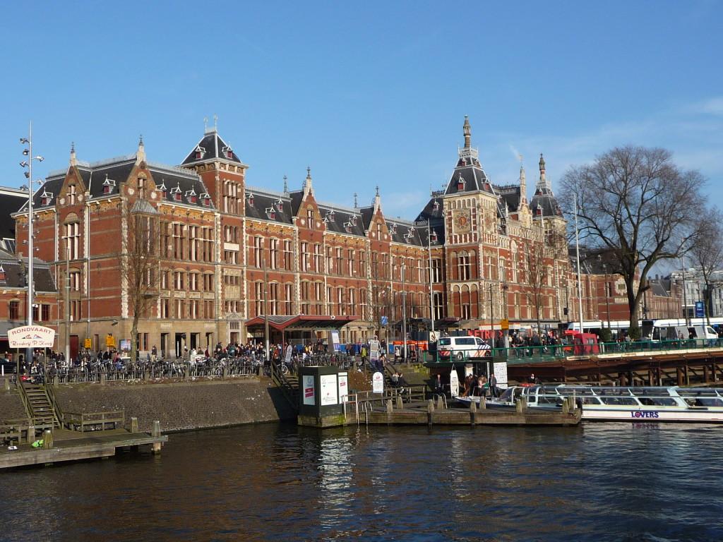 Hlavná železničná stanica v Amsterdame